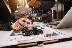 Cyfrowego marketingowy medialny smartphone fotografia stock