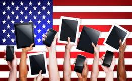 Cyfrowego przyrządu pastylki dotyka stanu Ameryka Zlany pojęcie obraz royalty free