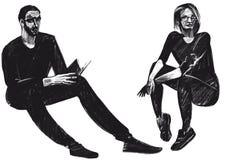 Cyfrowego raster ilustracyjna chłopiec i dziewczyna siedzimy z książką w czarny kolor odizolowywających przedmiotach na białym tl ilustracji