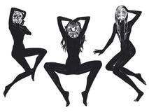 Cyfrowego raster ilustracyjne siedzące dziewczyny w masce w czarnym kolorze odizolowywającym protestują na białym tle dla reklamy ilustracji
