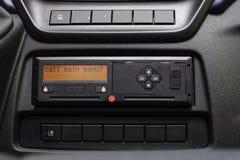Cyfrowego tachografu pokaz czyta wezwaniu głównego menu Tachografu menu ?adny osobi?ci dane Tachograf w samochodzie dostawczym obraz stock