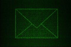 Cyfrowej koperta robić zielony binarny kod Obraz Royalty Free