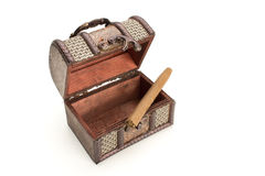 Cygaro w drewnianym pudełku Fotografia Royalty Free