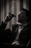 cygarowy mężczyzna zadumany Obraz Stock
