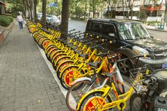 Cykel-dela i Shanghai, Kina Royaltyfria Bilder