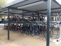 Cykel- eller cykelskjul Royaltyfria Foton