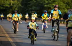 Cykel för farsaaktivitet i fadern Day Royaltyfria Bilder