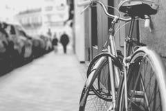 Cykel i ett svartvitt Royaltyfri Foto