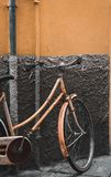 Cykel i Lucca, Italien arkivfoton