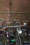 Cykel med ljus och klockan Royaltyfri Bild