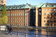 Cykel på Stockholm den gamla staden Fotografering för Bildbyråer