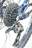 cykelderailleuren gears baksidan Arkivbilder
