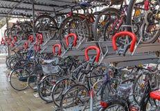 Cykelgarage Arkivfoton