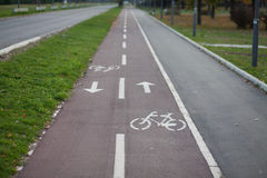 Cykeln spårar royaltyfri bild