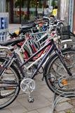 Cykelparkering. Finland. arkivbild