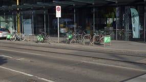 Cykelparkering i Wien fotografering för bildbyråer