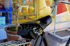 Cykelplats som göras av läder arkivfoton