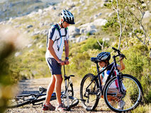 cykelproblem royaltyfria bilder