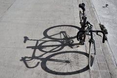Cykelskugga arkivbild
