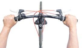 cykla det grunda cykla perspektiv för berg för händer för skogen för fokusen för cyklistdjupfältet Royaltyfri Bild
