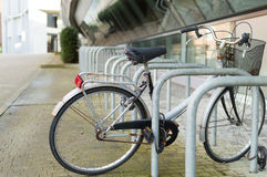 cykla ensamt Royaltyfri Bild