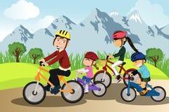 cykla familj Arkivbild