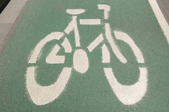 Cykla gränden i stadsområde Arkivbilder