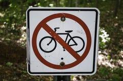 cykla inget ridningtecken Arkivfoton