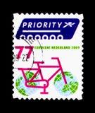 Cykla med jordklot som hjul, fem för Europa serie, circa 2009 Royaltyfria Foton