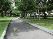 Cykla och jogga banan Royaltyfria Bilder