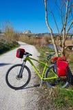 Cykla turism cykla i ribarrojaen Parc de Turia Fotografering för Bildbyråer