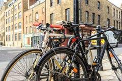 Cyklar i London Fotografering för Bildbyråer