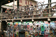 Cyklar nära offentlig marknad i Seattle Washington Royaltyfria Bilder