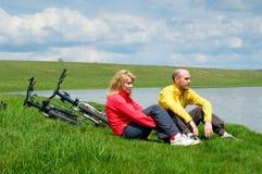 cykliści dwa zdjęcia royalty free