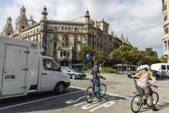 Cykliści w Barcelona Zdjęcia Royalty Free