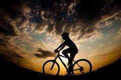 Cyklist-flicka Royaltyfria Bilder