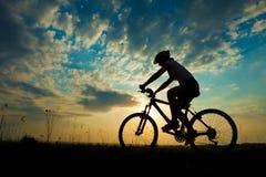 Cyklist-flicka Arkivfoton