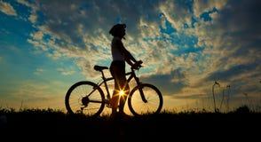 Cyklist-flicka Arkivbild