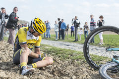 Cyklisten Tom Van Asbroeck - Paris Roubaix 2015 Arkivbilder