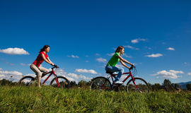Cyklister Fotografering för Bildbyråer