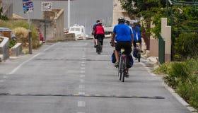 Cyklister i staden Arkivbilder