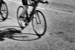 cyklister två Arkivfoton
