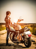 Cyklistflicka Fotografering för Bildbyråer