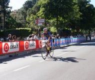 Cyklisttagandedel till den 15th etappen av ` Italia för Postgirot D nära ankomst i den Bergamo etappen i den 100. upplagan av ` I Arkivfoto