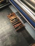 Cylinderpress med moveablen, metalltyp som låsas in i en jakt Royaltyfri Foto