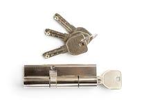 Cylindre en laiton de cartouche avec des clés photographie stock libre de droits