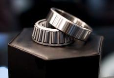 Cylindriskt lager för metall royaltyfria bilder
