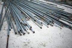 Cylindriskt stålrör arkivbilder