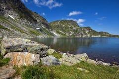Cynaderki jezioro Siedem Rila jezior, Rila góra Fotografia Royalty Free
