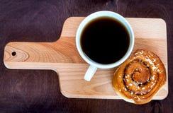 cynamonowa kawowa rolka zdjęcia royalty free